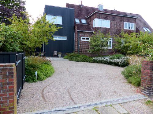 Vorgarten eines Hauses in Hamburg- Volksdorf, August 2013